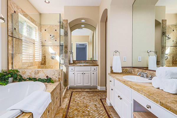 Featured Prop - Spacious Estate Bathroom