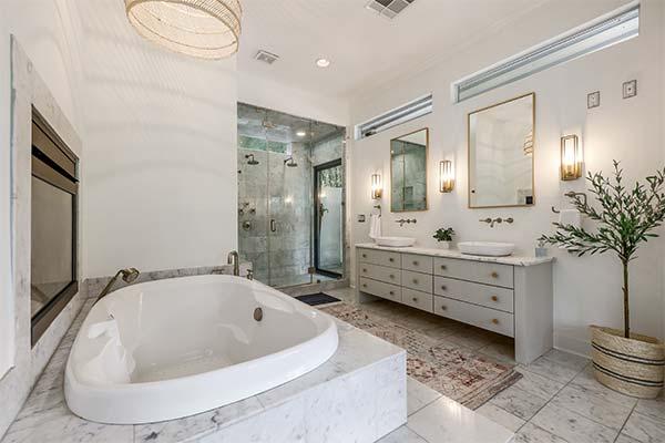 ELO Master Bath